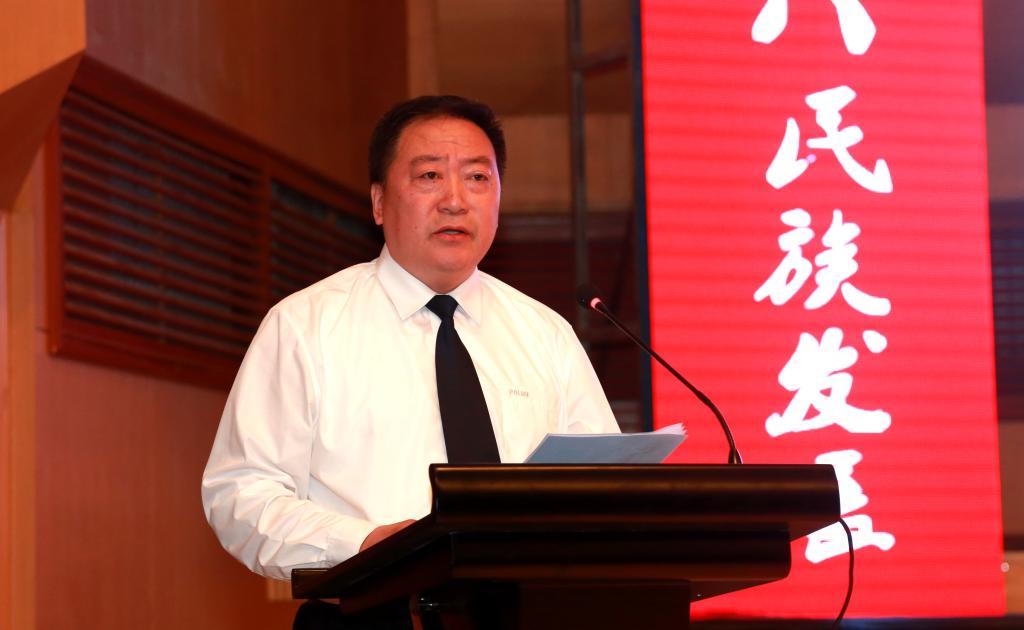 佳木斯市人民政府副市长李晓龙致辞