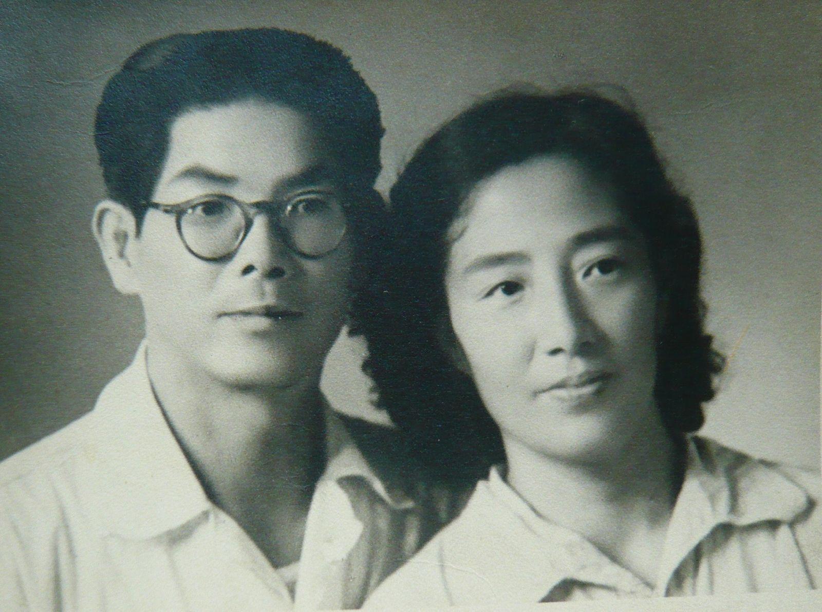 张佳生先生父母亲合影(1955)