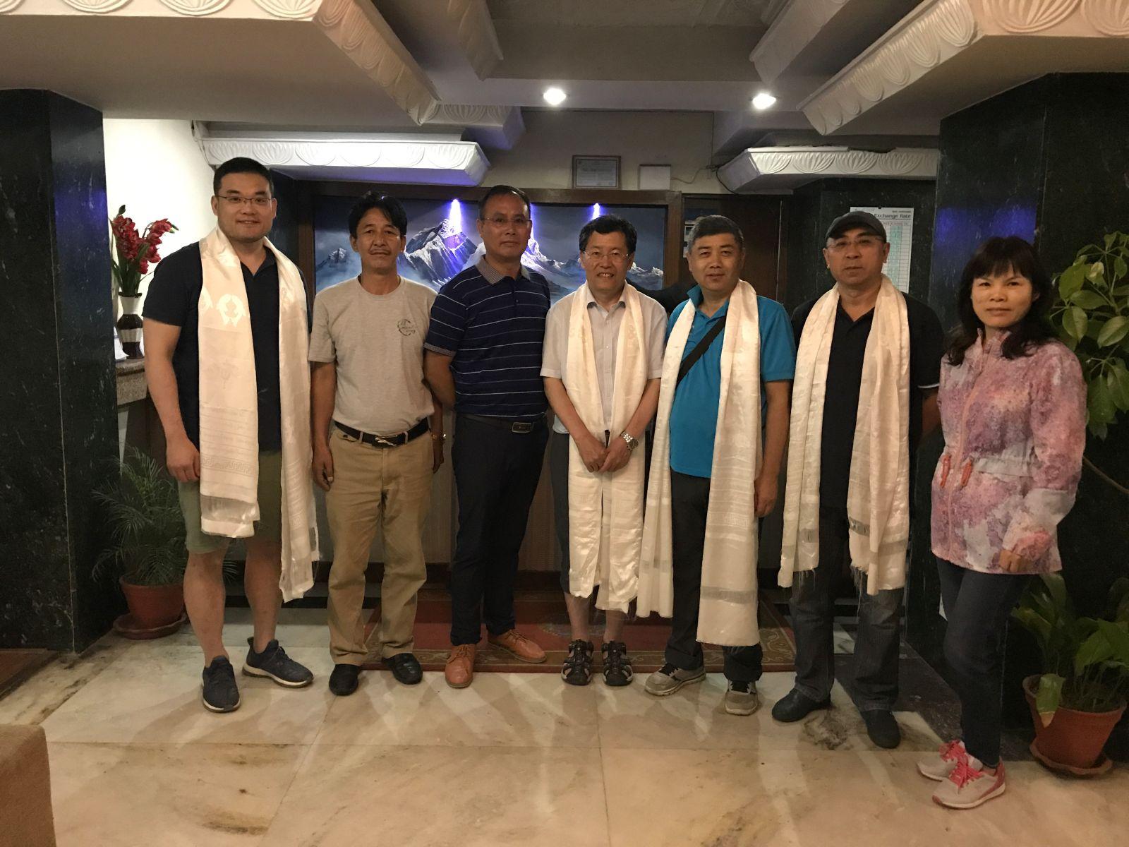 尼泊尔—中国凯拉斯文化促进会领导欢迎代表团一行